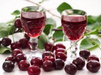 Вишневый ликер — рецепты, выбор ягод, пошаговое описание настойки и ее приготовления (135 фото)