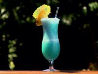 Слабоалкогольный коктейль кузнечик с мятным вкусом. Ингредиенты и способы приготовления. Как подавать и пить «Grasshopper»?
