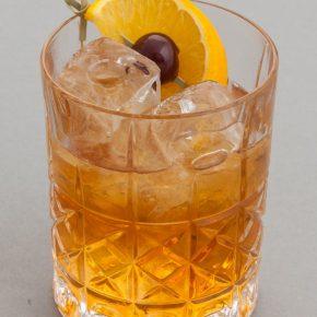 Коктейль ржавый гвоздь — коктейль с шотландским характером. История коктейля, необходимые ингредиенты, последовательность приготовления