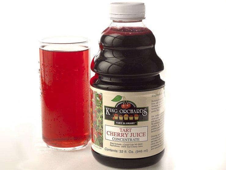 Вишневый сок в домашних условиях: как сделать с сахаром и без, рецепты и сроки хранения
